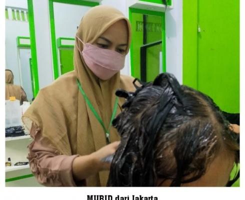 Peserta kursus ambil jurusan salon kecantikan, datang dari Jakarta KURSUS KILAT SALON KECANTIKAN & TATA RIAS PENGANTIN Fullday Learning, Step by Step, DIJAMIN PASTI BISA, Pilihan Paket Kursus KOMPLIT untuk […]